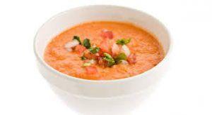 la importancia del ajo en un buen gazpacho