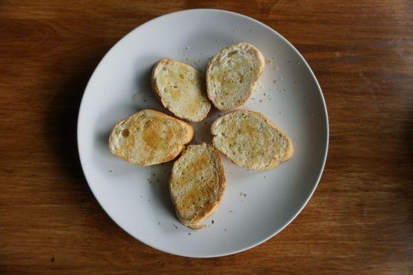 Pan de ajo: hazlo en casa